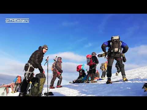 Восхождение на Эльбрус: Косая Полка, Седловина, штурм вершины // день 8, видео от