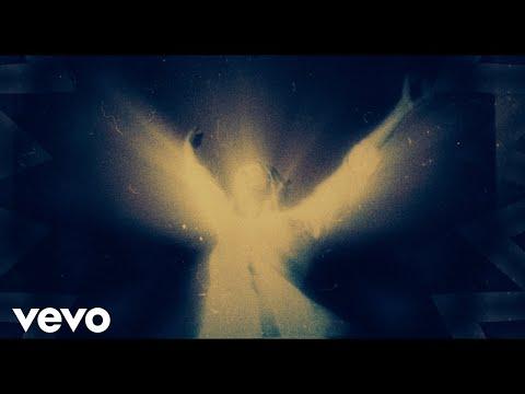 Смотреть клип Lennon Stella - Fancy