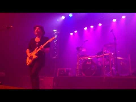 PHILIP SAYCE 07 AU WOOD STOCK GUITARE LIVE TITI ROCK ALSACE DEJANTE