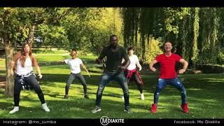 MO DIAKITE: GRUPO EXTRA - ES AMOR *BACHATA* (Zumba® fitness choreography}