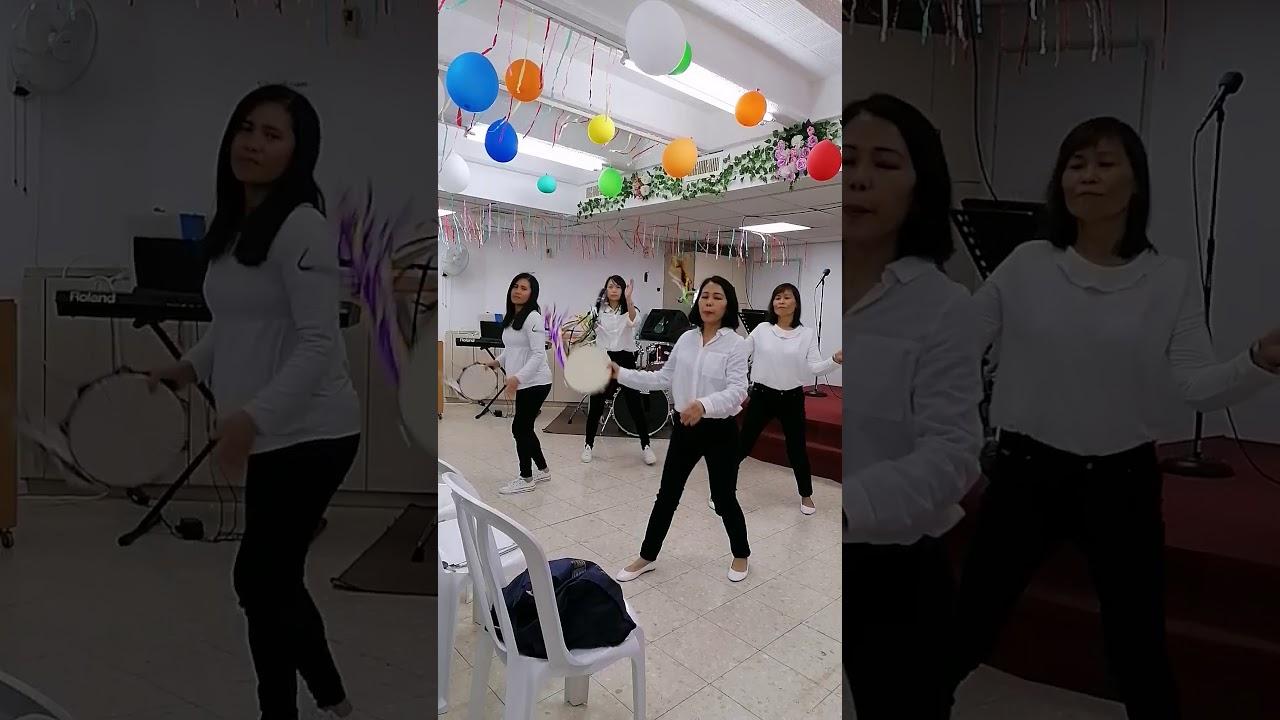 Tambourine Dancers - YouTube