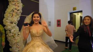 Phát khóc với cô dâu cực xinh hát Nhé Anh tặng chú rể