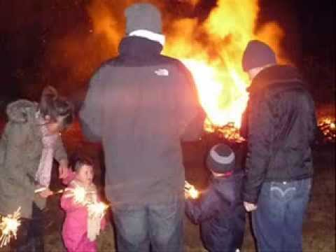 Bonfire Night (learn English with pie)