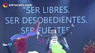 Showmatch 2016 - Jey Mammon apoyó a la Comunidad LGBT Con su Ritmo Libre.