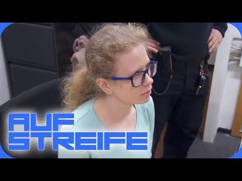 Klaut Die Praktikantin Auf Der Wache? Polizisten Vermissen Wertsachen! | Auf Streife | SAT.1