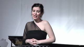 R. Strauss: Morgen, op. 27, no.4, Vera Danilova-sopran, Erik Šuler-piano