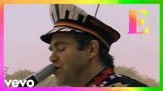 Смотреть клип Elton John - Little Jeannie