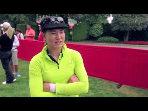 dating female golfers
