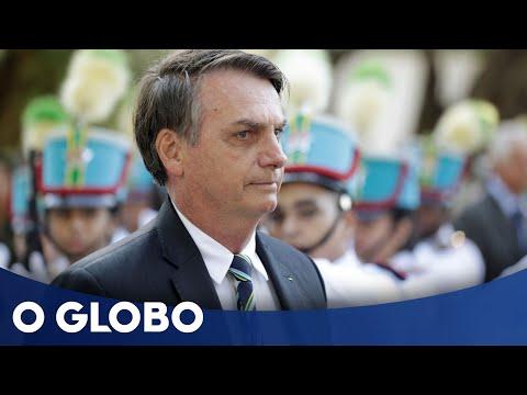 Bolsonaro chama de 'idiotas úteis' manifestantes contra cortes no MEC