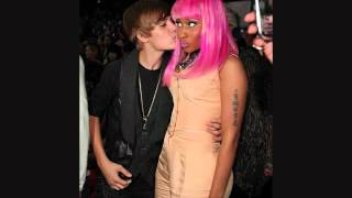 Repeat youtube video Justin Bieber Caught With Boner.. AGAIN!
