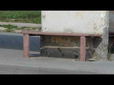У Берегові матір покинула народженого малюка на автобусній зупинці