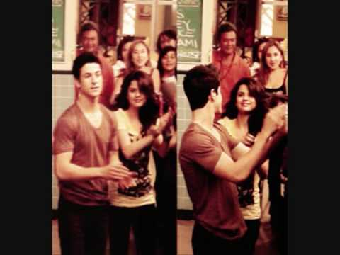 Selena Gomez and David Henrie  Pics 2