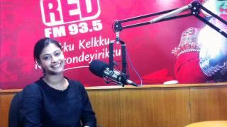parvathy in superhits 93 5 red fm red carpet ezhu sundara rathrikal special