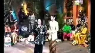 Siti Nurhaliza - Tradisional Duet Rosiah Chik