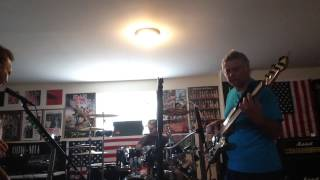 25 Missions / Mott The Hoople ( Drivin Sister ) Reahearsal/Cover