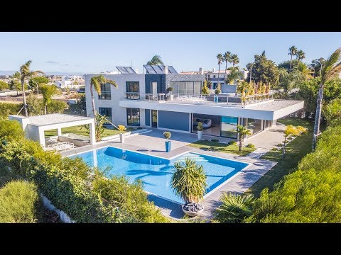 Fabulous waterfront property in Galé - PortugalProperty.com - PPSS2885