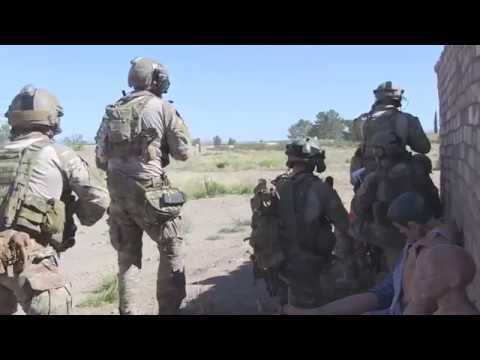 Angel Thunder 2015 - Pararescuemen and HH-60 Flight