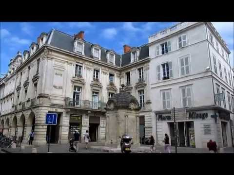 La Rochelle, France: The old town - La Vieille Ville
