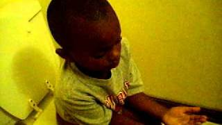 !!FUNNY!! BOY Scared To Death on the potty
