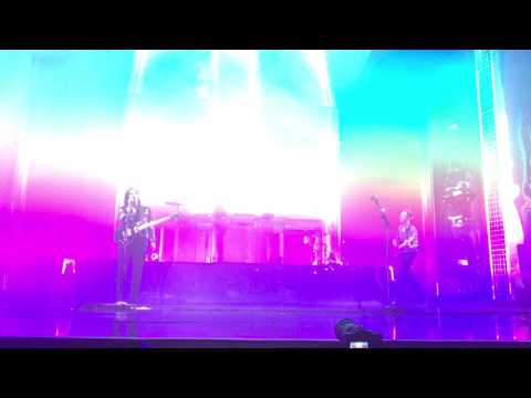 The XX - Loud Places (Live @ Brixton)
