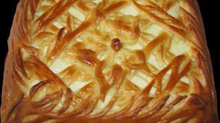 Пирог из дрожжевого теста - начинка клубника земляника виктория.