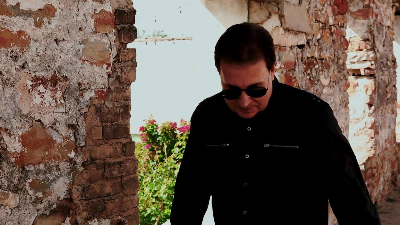 Gary Hobbs - Lo Que Amo (Video Oficial)