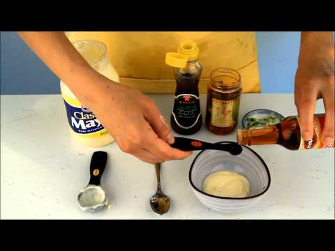 how-to-make-sushi---spicy-sauce