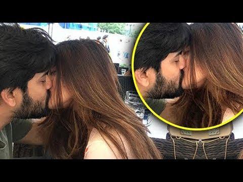Riya sen kissing scene