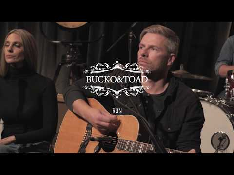 "Bucko & Toad ""Run"" [Live @ 604 Records]"