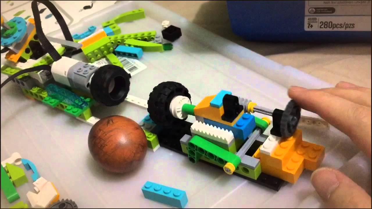 Lego wedo 2 Easter egg machine project