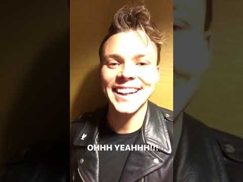 Ashton Irwin post-concert en Santiago/Chile