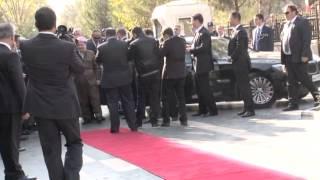 Başbakan Erdoğan, Barzani, Perwer ve Tatlıses ile valilikte buluştu