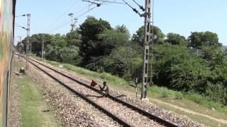 22209 Duronto Express Skipping Sawai Madhopur Junction!!!!!!