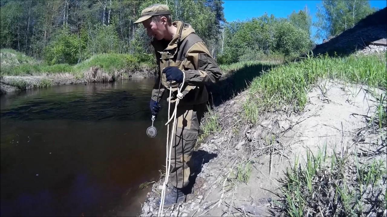 С поисковым магнитом на реке сходня.