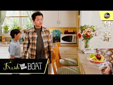 The Huangs' Dishwasher - Fresh Off The Boat 3x15