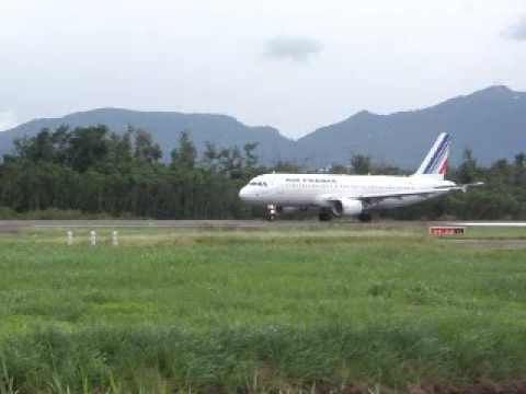 Air France Airbus A320 take off from Fort-de-France !!Runway 09