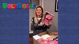Kelly Clarkson Unboxes Her Own Moxy Doll! | UglyDolls | In Theaters May 3, 2019