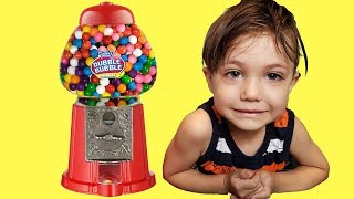 Zack Learn colors with gumball machine - red green yellow purple blue