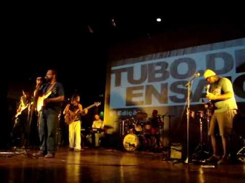 Tubo de Ensaio 29-01-2015 - Bruno Nogueira TSF - O Problema não é o MEO é o SEO de YouTube · Duração:  4 minutos 6 segundos