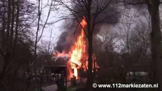 Felle brand in schuur en woning op de camping in Scherpenisse