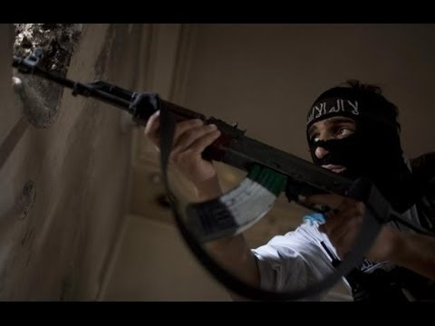 Al-Qaeda-Linked Militants Defeating FSA Insurgents in Raqqah in Syria - 2014