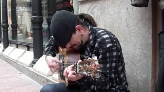 """Artistas de Calle: Fernando Blanco.- """"Aires Huelvanos"""": Fandangos en la calle Sierpes."""