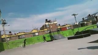 Skate (D.E.Z) Deportivo Emiliano Zapata  patinador BRYAN  redes sociales intagram =  @bryan_robles_s