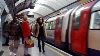 Zapętlaj London Tube II | PanGottardo