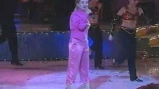 YULDUZ Usmonova - Opa opa dancing. live In Uzbekistan 2005