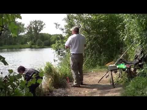 carpfishing  en el canal de antioch illinois