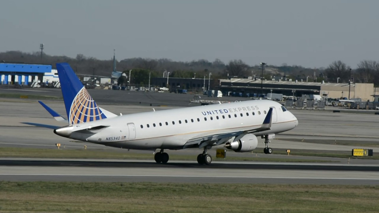 Mesa Airlines United Express Mesa Airlines Embraer E 175lr N85340 Landing Charlotte Clt