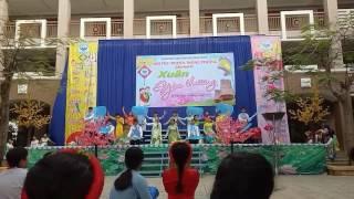 Việt Nam ngày mới và mùa đẹp nhất múa