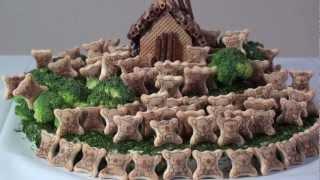 以前スーパーで衝動買いしました「コアラのマーチ お菓子の家」を作りま...