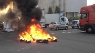 Manifestation des forains Pont Boildieu à Rouen